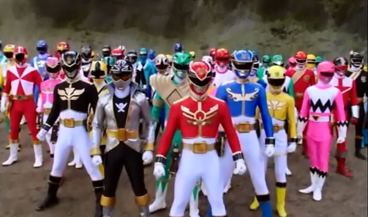 First Power Rangers uniform images released