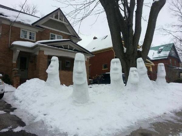 Six Moai Snowmen