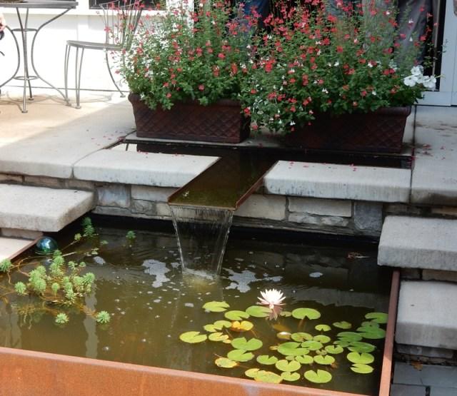 Beautiful Minneapolis fountain