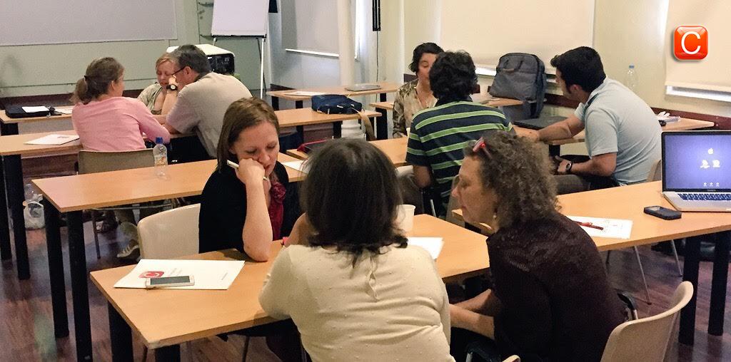seminarios profesionales presenciales community internet the social media company