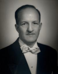 Archie R. Turner, Sr. *