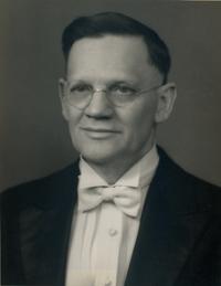 Walter H. Whissen *