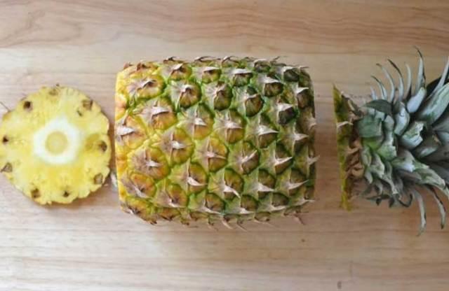Como Descascar Abacaxi Facilmente 5