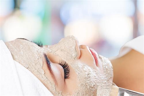 Como fazer uma Limpeza de Pele Detox em Casa 4