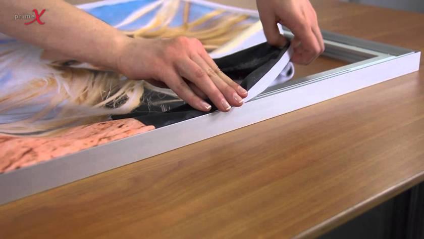 Como colar tecido em madeira