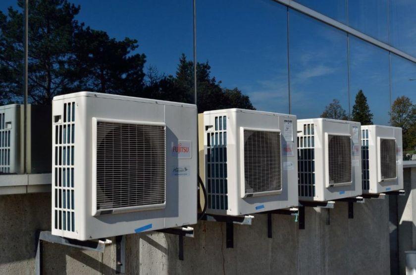 Qual disjuntor usar para ar condicionado 10000 btus 127v