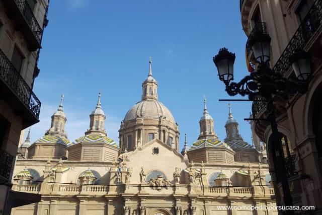Basilica del Pilar vista desde Calle Alfonso I