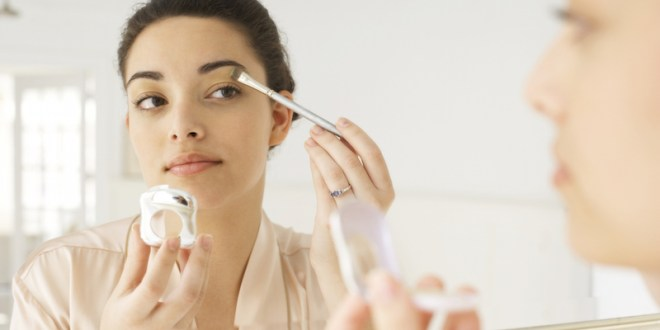 Trucos para que el maquillaje resista más