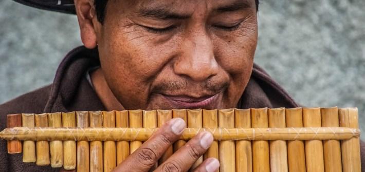 joueur flute de pan