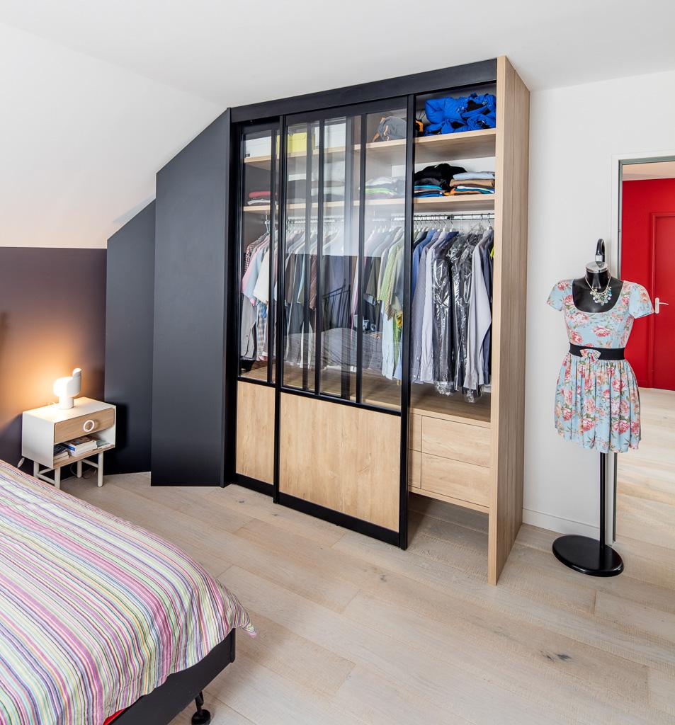 portes coulissantes noir et bois style loft