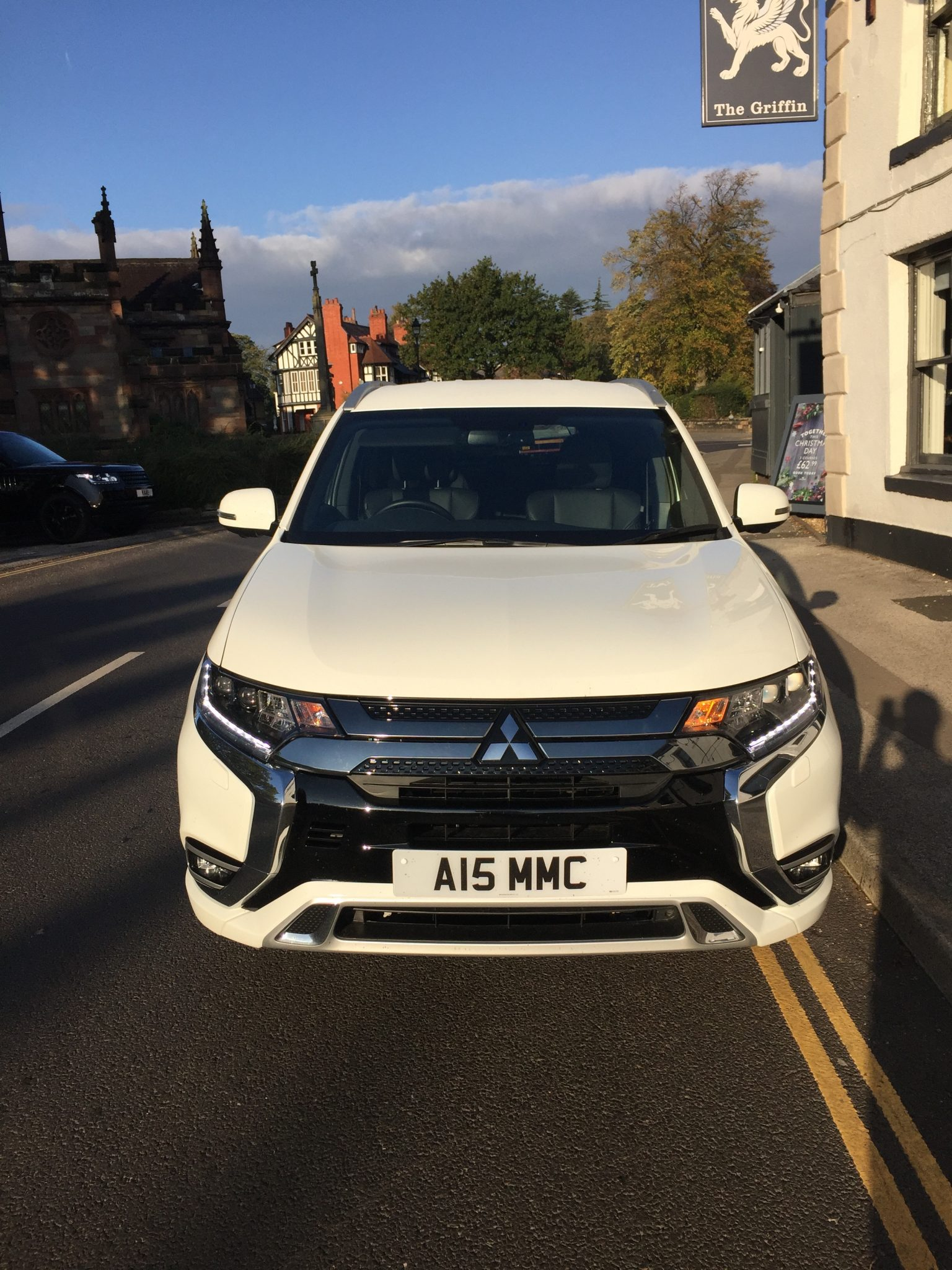 Mitsubishi Outlander PHEV - Company Car and Van