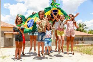 Compassion International Hosts Online Competition to Bring Awareness to Domestic Abuse Hotline in Brazil