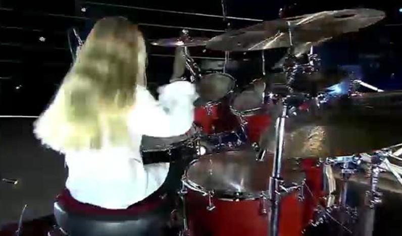 Benefícios sociais de tocar bateria