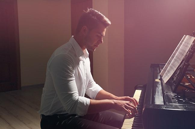 COMO TER UMA BOA POSTURA AO PIANO