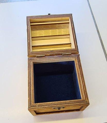 Small treasure chest open view