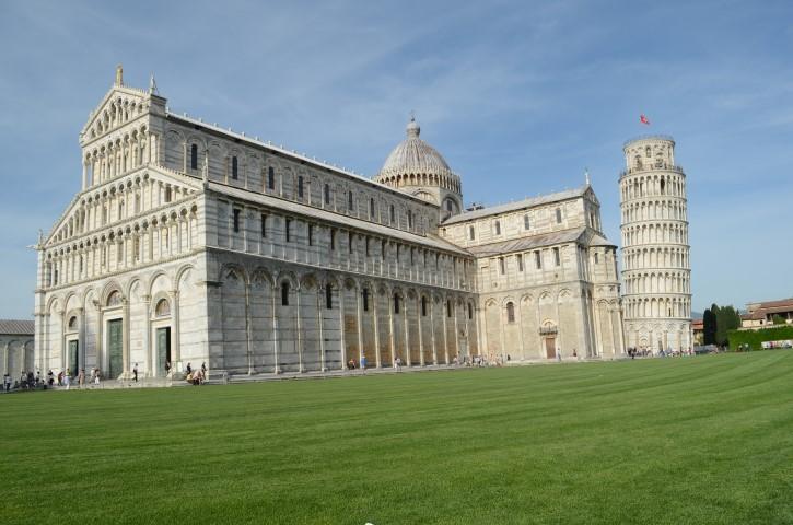 Piazza del Dumo, Pisa.