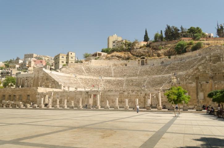 Teatro Romano de Ammán desde Plaza Hashemite, Jordania.