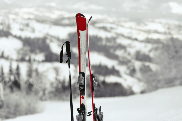 2 - These are 3 handy skiing tips you must know