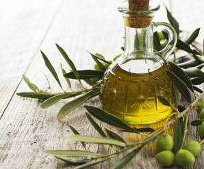 6 Benefits Of Olive Oil For hair care