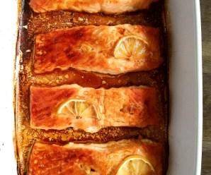 Garlic Baked Salmon with Lemon