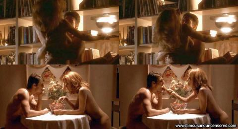 Kelly Preston Jerry Maguire Strawberries Wild Actress Babe