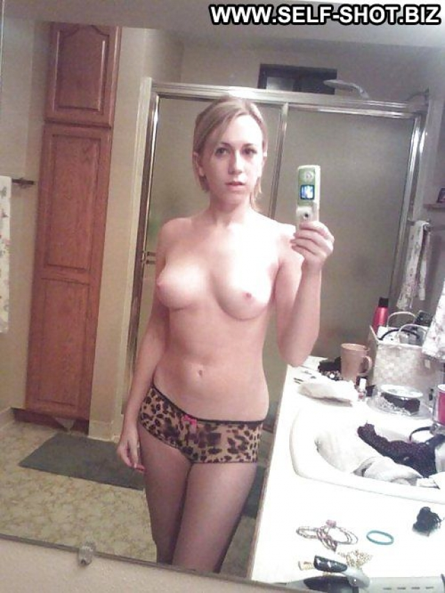 Several Amateurs Softcore Girlfriend Self Shot Cute Nude
