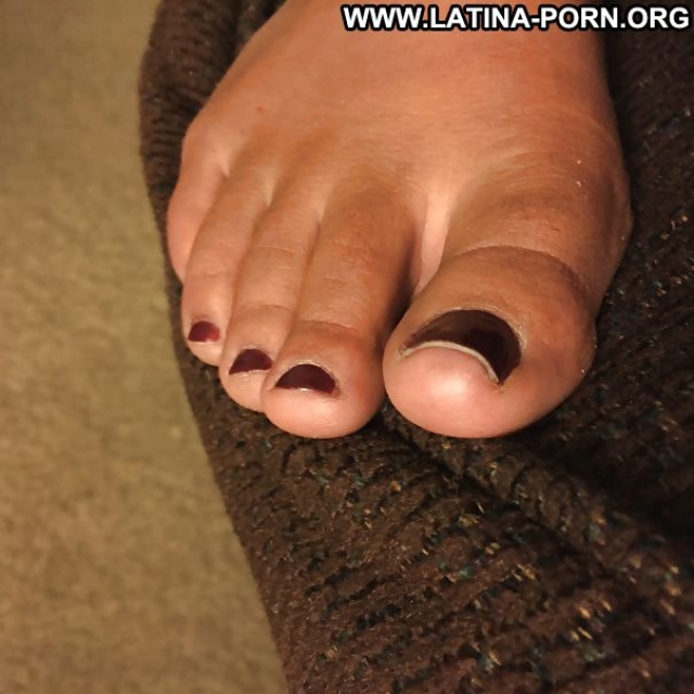 Several Amateurs Feet Sexy Amateur Latina Nice Hot Athletic Slut