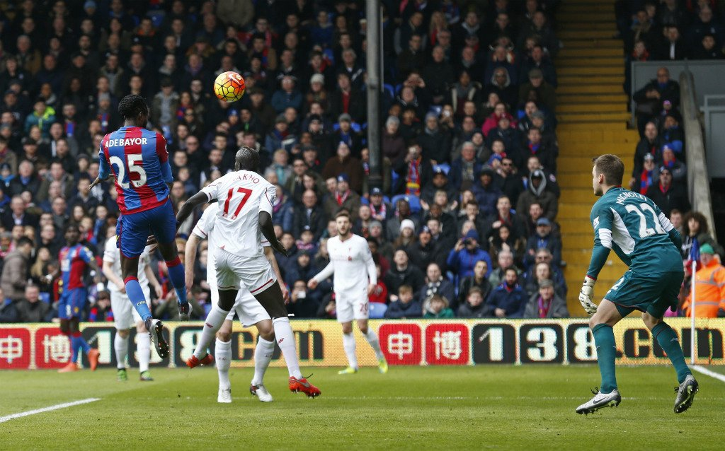 10-Man Liverpool Edge Palace With Controversial Late Penalty