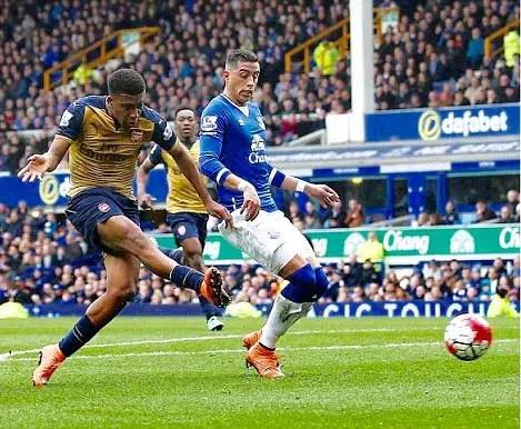 Kanu Hails Iwobi, Arsenal For Win Over Everton