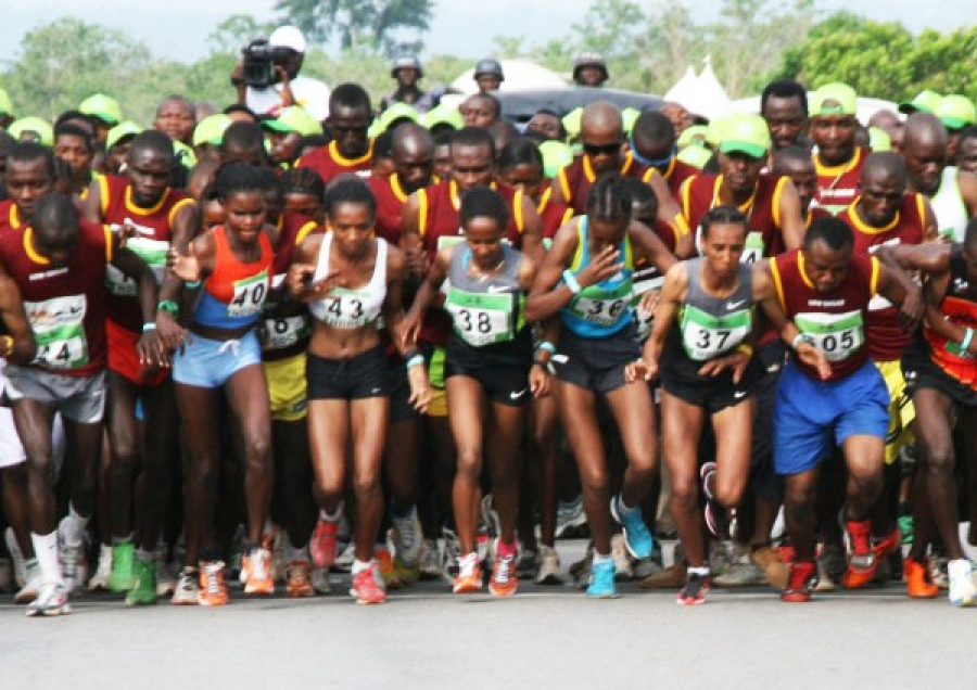 Oshiomhole Named Okpekpe Race Grand Patron, Obaseki To Run For Charity