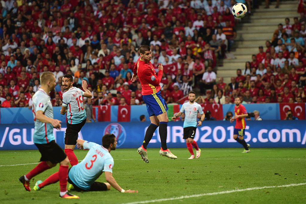 Spain Roast Turkey To Advance Into Knockout Rounds