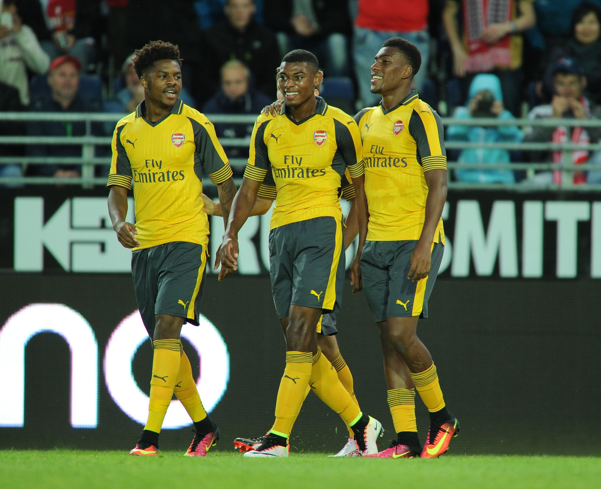Chuba Akpom Wants Arsenal First Team Action
