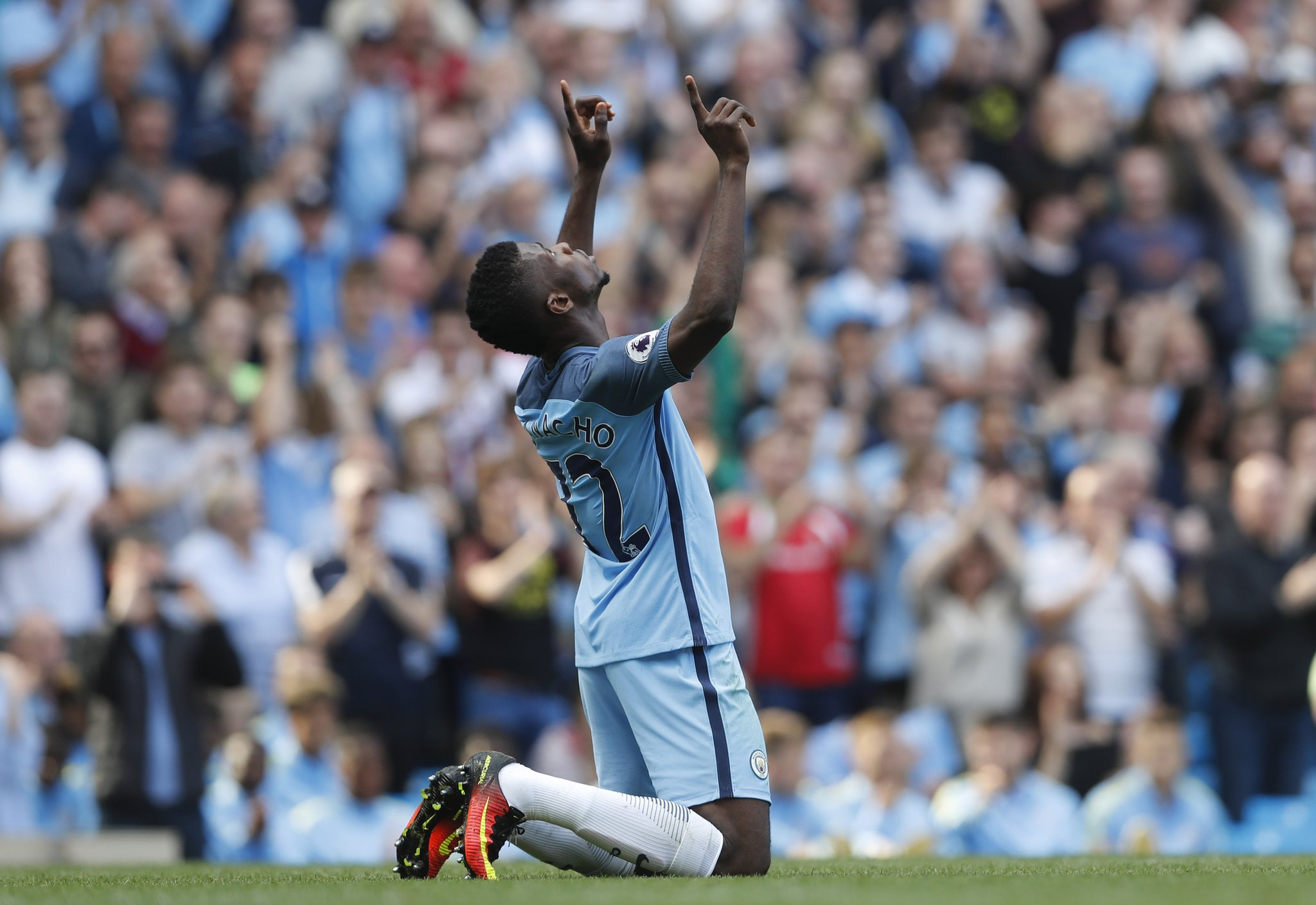 Iheanacho Scores, Assists As Man City Spank Bournemouth