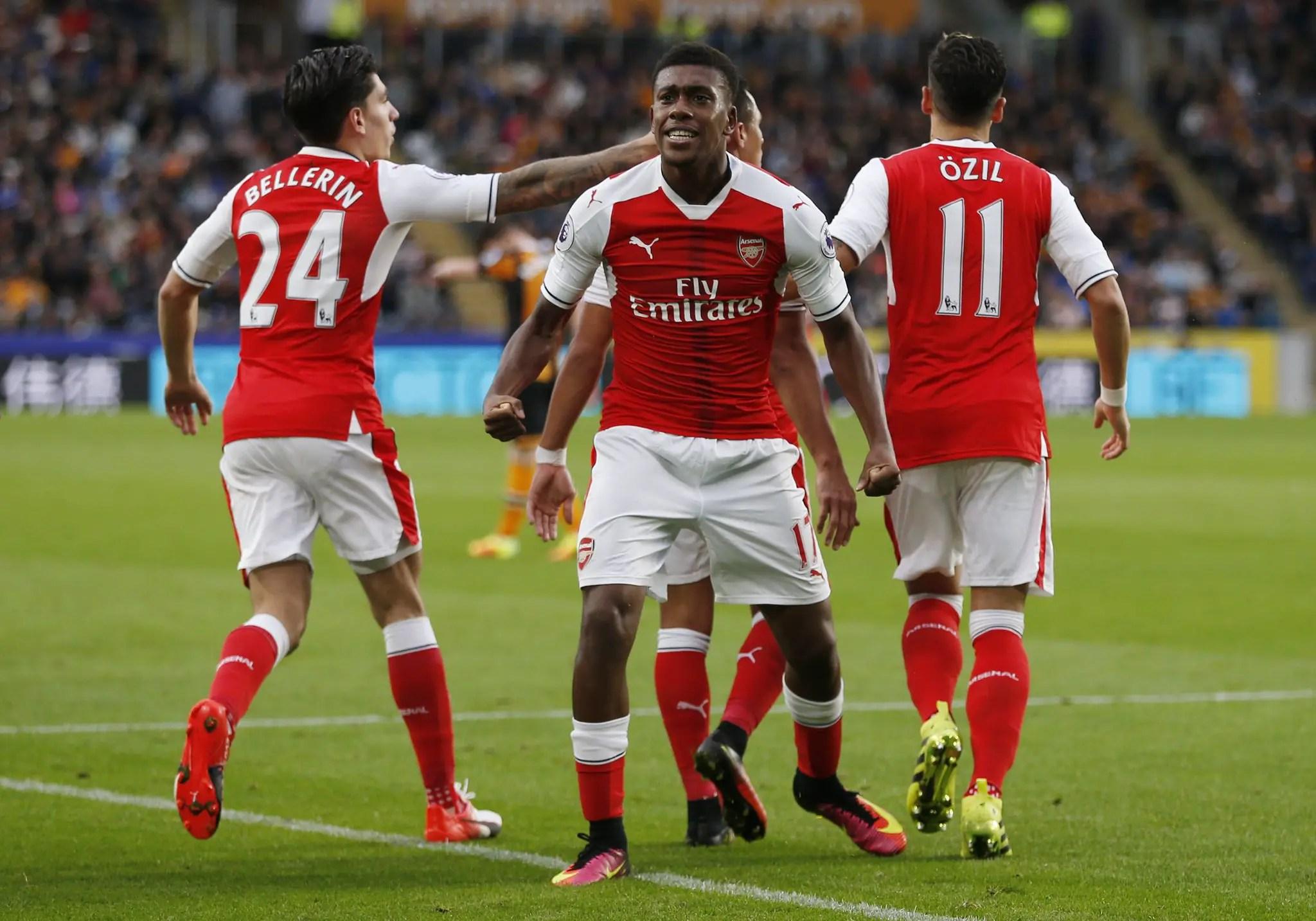 "Arsenal Vs Chelsea: Rio, Zola, Hamman Hail ""Fantastic"" Iwobi"