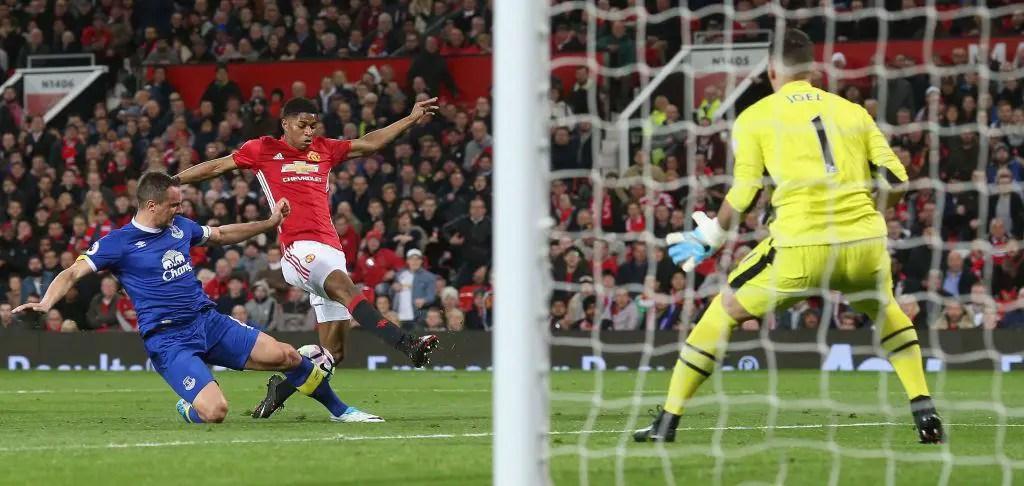 Late Zlatan Goal Vs Everton Earns Man United Ninth Home Draw