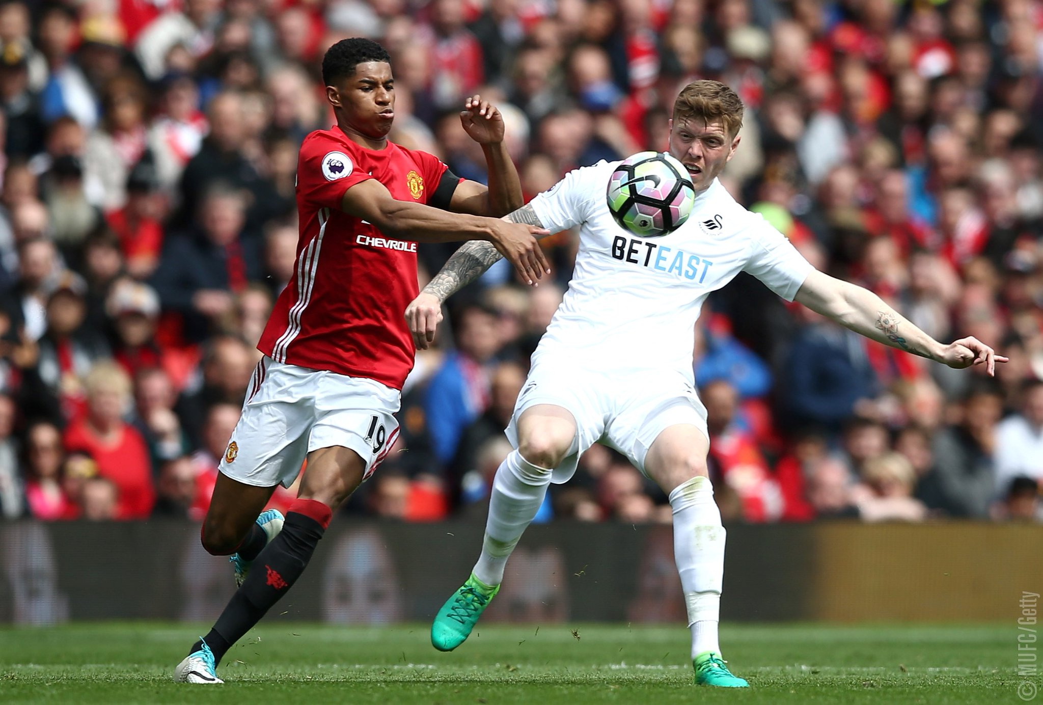 Struggling Swansea Force Man United To 10th Old Trafford Draw