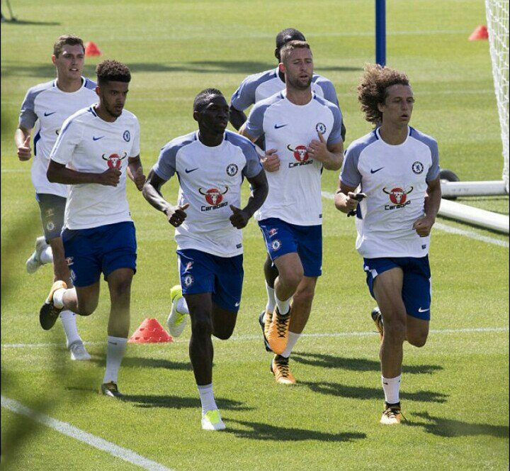 Loan Man Omeruo, Moses Train With Chelsea