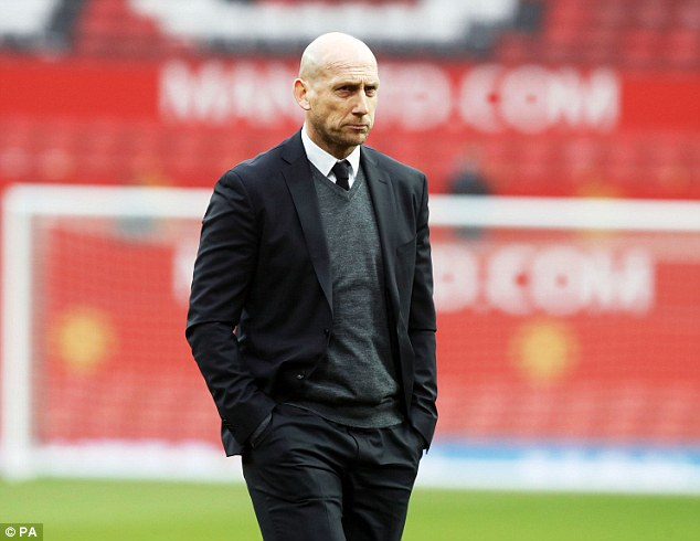 Ex- Man United Defender Stam Extends Coaching Contract With Reading