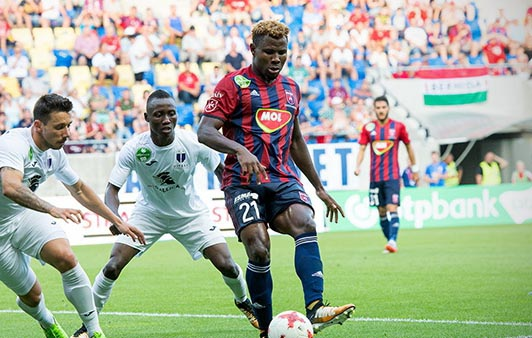Europa: Henty Confident As Simon, Onuachu, Akpala Chase Play-Offs Spots