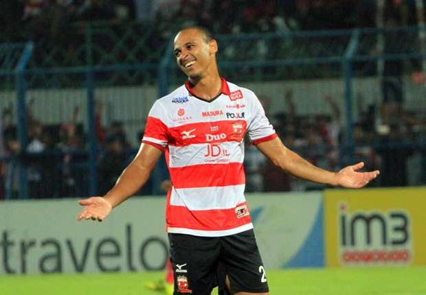 Indonesia: Odemwingie Sent Off In Bad-Tempered Madura United Defeat