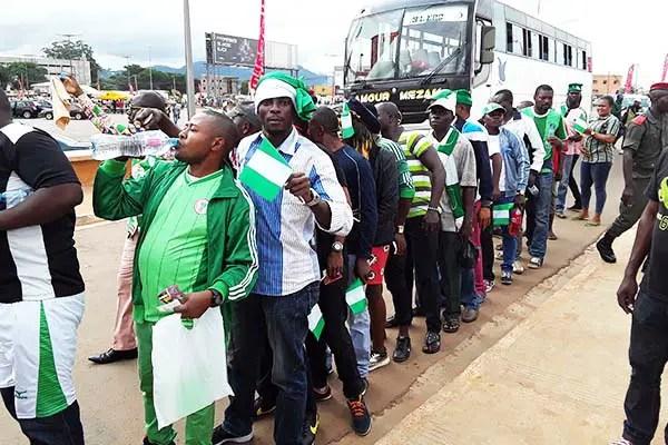 500 Yaounde-Based Nigerian Fans Hit Stade Omnisport For Super Eagles