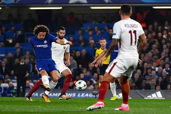 Champions League: Chelsea Escape Roma Shock As Man United, PSG, Bayern, Barca Win
