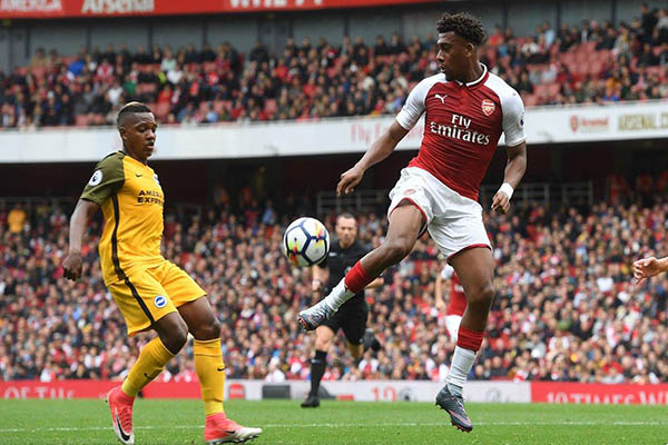 Arsenal Fans Hail 'Brilliant' Iwobi In Win Vs Brighton