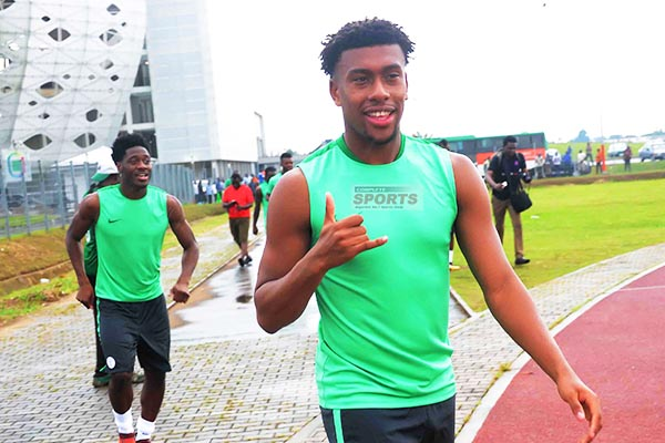 Wenger: Why Iwobi Opted To Play For Nigeria, Not England