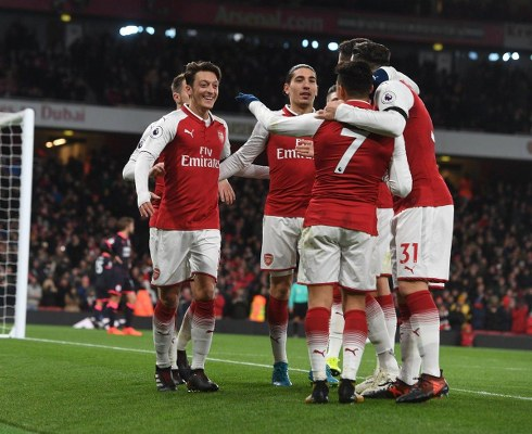 Wenger: Arsenal Beat  'Good Fighters' Huddersfield With 'Freedom, Technical Play'