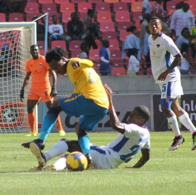 Akpeyi Off Injured As Chippa United Hold Mamelodi Sundowns