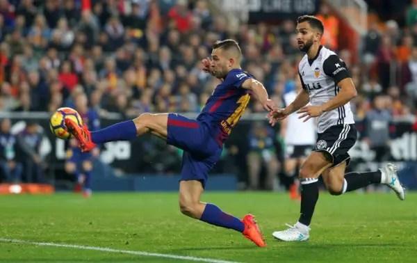 Barcelona Hold Valencia Despite Messi 'Goal' Not Given