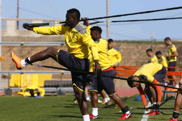 Injured Etebo Ruled Out Of Las Palmas Vs Real Madrid Clash