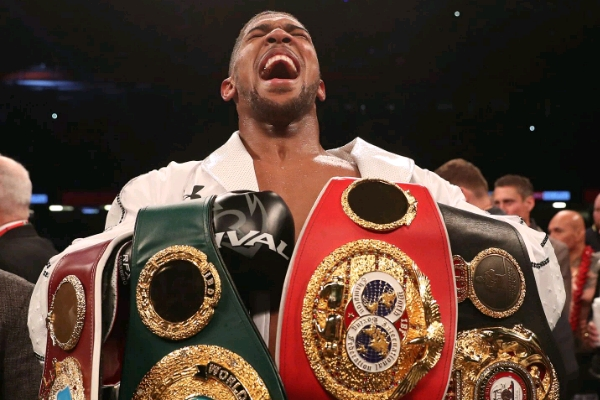 Eddie Hearn's Father: Old Trafford Likely To Host Joshua's Next Fight