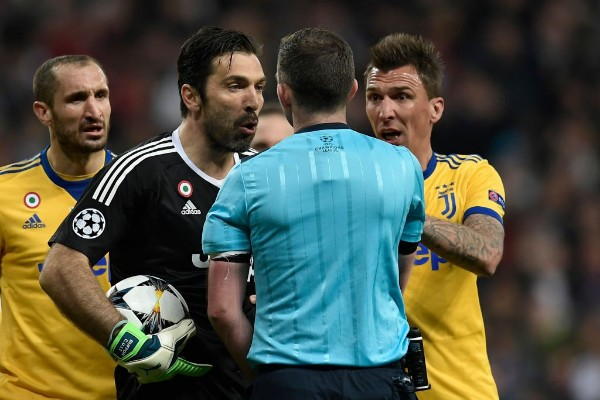 Oliver To Officiate Man United Vs Chelsea FA Cup Final